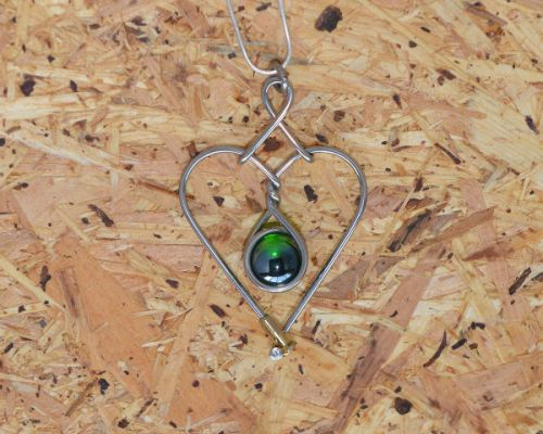 Marble Heart Green Lustre